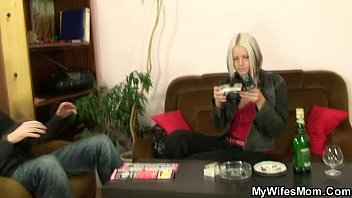 her tied and son up s finds Hot webcam girl takes a bath