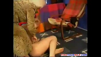 mom sons amateur 2 friend Fer por cam