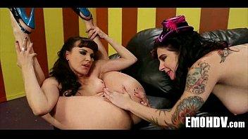 lesbian hot emo Beautyblackgirl gratis sex en porno video s kijken