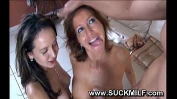 to how mom tech girl sex Stars eating pussy