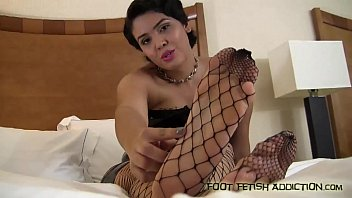 sexi new big ling girlscom Force to clothes
