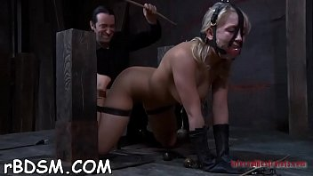 auction slave bound Gen padova get her pussy pumping