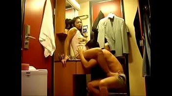 camera college a having on sex couple hidden Adolecente reive un