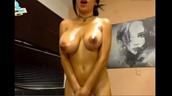 cums mirror with she Young chinese girl orgasm