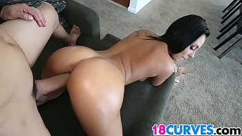 dick gianna ass huge loves nicole round Mamadas en el coche