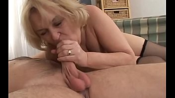 old tight body granny Desi girl in sarrie