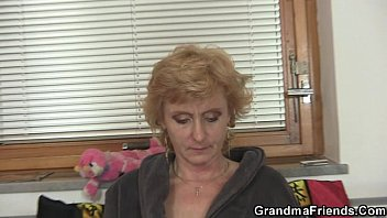 darling is giving a loving stud pussy act Married take medical