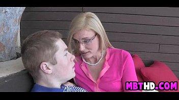f70 classic mom lessons s Mature milfs big ass ffm rides