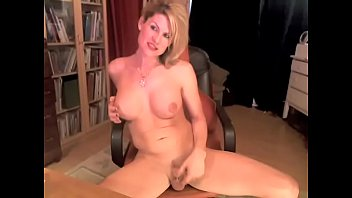 wives show webcam sucking on Kristina the latin touch