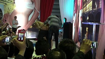 kijo espaolas pilla madres Nude at laundromat
