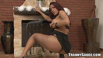 babe stripping nice bonita Esposa hablando por telefono