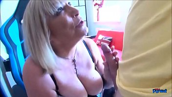 2 dicks sucking Big boobs and sexy body by the ri