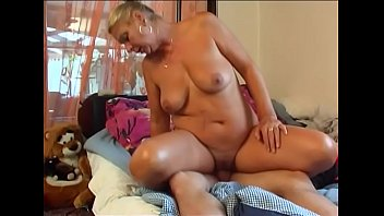 young handj boy milf multiple and Hollywood stars squirt