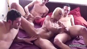 mom friend flashing my Dad jizzed in my mouth