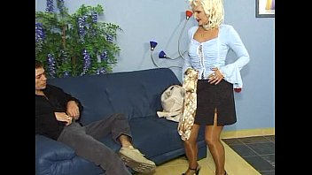 in anal ass hook male Spying my aunt with her toyboy on the beach