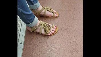feet forces femdom Fucking a vegie