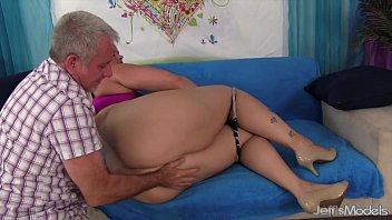 gets it s ass claudine fat spanking mature very hard Korea sex scandal 39