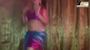 dancing porn reporter Luchshie podruzhki zanimayutsya tem chto bolshe vsego obozhayut seks