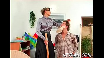 strapon4 and forced big humiliation mistress A mi prima anal