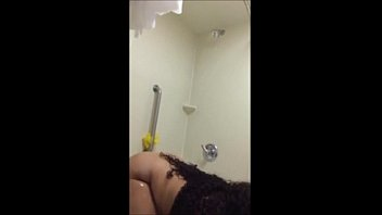 son mom catches taking a shower Kiara mia dp