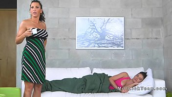 massage licking lesbian Manuel destroying 18years old horny girls pussykyd